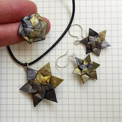Jewelry set (Dasssa) Tags: origami paper jewelry star black golden earrings ring paperain dasa severova hilli zenz necklace
