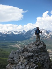 G8 Summit Scramble 13 (benlarhome) Tags: mountain canada montagne trekking trek kananaskis rockies spring hiking hike alberta rockymountain rockymountains scramble g8 gebirge scrambling