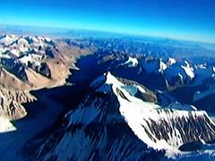 Grande Première Sur Flickr! (riverishere) Tags: nepal snow mountains nature beauty altitude tibet beauté neige everest paysages montagnes népal mounteverest hight hauteur monteverest flickrandroidapp:filter=none immalaya grandepremière