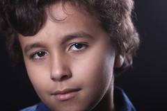 محمد (Reuof Bint Abdulrahman) Tags: boy محمد السعودية مع طفل توزيع اطفال سعودية مصور اضاءة بورترية استديو منقط مصورة ريوف مبدعة reuof reuofbintabdulrahman