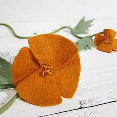 California Poppy Lariat Necklace (Katy Kristin) Tags: california ca orange flower green wool nature glass leather botanical gold necklace katy natural felt sage kristin kawaii poppy statement lariat boho suede zakka