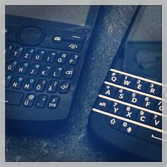 Tipperfons #BlackBerry #Q10 #Nokia #Asha 205