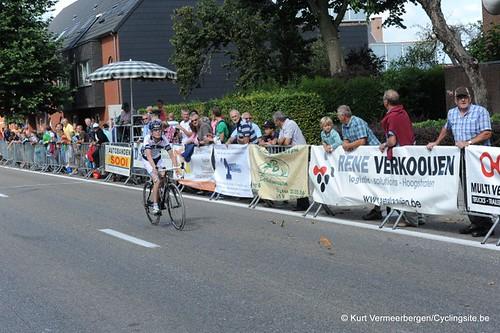Minderhout (437)