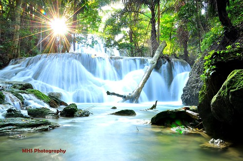 Oenesu Waterfal Kupang-Indonesia
