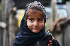 Aru, Kashmir (Liisa Toomus) Tags: travel family people snow mountains nature portraits trekking asia hike wanderlust kashmir srinagar gipsy aru vision:people=099 vision:face=099 vision:portrait=099 vision:sky=0507
