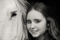 Carmen y la yegua (2) (jcof) Tags: portrait bw horse woman blancoynegro look animal caballo mujer retrato bn sierra campo mirada sierrahuelva