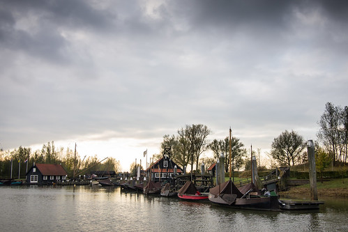 Historic harbor Woudrichem