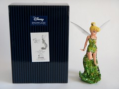 Tinker Bell Couture de Force Figurine by Enesco - First Look - Posed Next to Box - Full Front View (drj1828) Tags: us tinkerbell pixie fairy figurine purchase disneystore firstlook 8inch enesco 2013 couturedeforce
