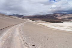 The road near the southern end of Salar de Antofalla