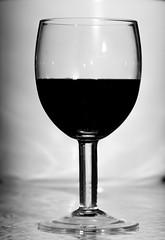 PAD2014-01-12 - Outtake (Guruinn) Tags: shadow glass january redwine glas rautt 2014 glassofwine rauðvín janúar rauðvínsglas vínglas