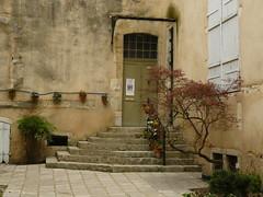 Dax, Landes: Hôtel Saint-Martin-d'Agès (Marie-Hélène Cingal) Tags: france stairs scala 40 dax escaleras treppen escaliers landes sudouest aquitaine dacs akize sociétédeborda acqs