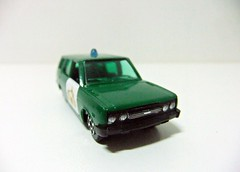 SEAT 131 G.C. TRÁFICO - PILEN (RMJ68) Tags: seat 131 5p familiar break ranchera fiat guardia civil trafico policia police auto pilen diecast coches cars juguete toy 164 163 scale