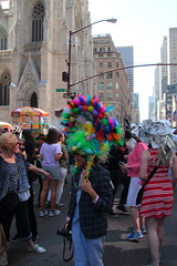 IMG_6846 (neatnessdotcom) Tags: easter bonnet parade 2017 hats costumes new york city 5th avenue manhattan nyc tamron 18270mm f3563 di ii vc pzd canon eos rebel t2i 550d