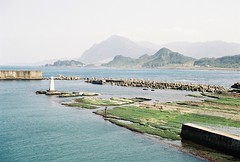 (YL.H) Tags: 基隆 taiwan 漁港 底片 fishingport fishing film canon 500n kodak