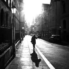 Rathausstraße (ZaglFoto.de) Tags: deutschland hallesaale sachsenanhalt street bnwhallesaale schwarzweiss strase streetphotographer streetphotography