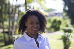 Nadine (urban requiem) Tags: fille femme lady woman portrait portraiture jolie belle pretty afro nappy black ebony noire créole smile sourire naturel light naturallight