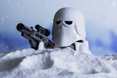 Snow trooper (jezbags) Tags: lego legos legostarwars star starwars wars snow troopers trooper snowtroopers gun rifle helmet white minifigure minifigures canon60d canon 60d 100mm closeup upclose flakes imperial blue black hoff
