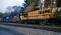 GRS 232-7324-202 unk Oct1985 (ironmike9) Tags: track rail rr railroad railway freight train locomotive grs guilfordrailsystem lvrr lehighvalley dh delawarehudsonrr u25b gp382 bmrr bostonmainerr mec mainecentral