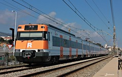 447 PMR llegando a Montgat Nord (Ja. Martín) Tags: tren train ut447 renfe rodalies rodaliesrenfe caf trainspotting trainspotter barcelona montgat montgatnord 447032