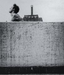 (Kijkdan) Tags: blackandwhite monochrome streetphotography street people rotterdam grainy fuji xpro2 35mm