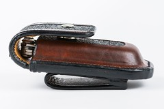 06_SideWithLeatherman (CabbitCastle) Tags: cabbit castle leather leatherworking sewed sewing tooled cabbitcastle leatherman skeletool belt pouch edc