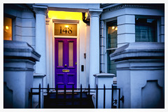 Purple Door (Gretsch*) Tags: london londres leicam240 leicasummicron35mmf20asph england angleterre leicamptyp240