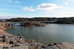 Naantali (Tuomo Lindfors) Tags: naantali suomi finland dxo filmpack ukkopekansilta silta bridge raumakari naantalinsalmi meri sea