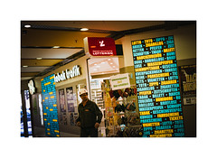 tabak trafik (cardijo) Tags: salzburg street streetphotography analog film kodak portra160 canon fd f1 coolscan