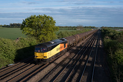 60021 - 6E38 - Cossington - 24/04/17 (D9000RoyalScotsGrey Photography) Tags: 60021 6e38 cossington 66623 6m84 sileby astral crossing 66126 6m86 ely peak forest colnbrook lindsey dagenham hope earles freightliner colas rail db cargo hta tug shed bardon aggregate