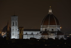 It will never die (senzaoliodipalma#) Tags: forever firenze florence duomo brunelleschi cupola tourism nikon