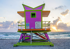 Guard Stand Sunrise (BFrue) Tags: lifeguardstand florida miamibeach ocean atlantic sand sunrise dawn beach sea seagulls clouds waves