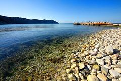 The peaceful bay (Daniele Torreggiani) Tags: portonovo ancona marche riviera conero spiaggia beach mare sea bay