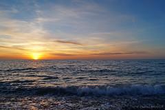 Fécamp (Bould'Oche) Tags: sunset coucher soleil nuages ciel normandie normandy thomas maheut photographies sony alpha 58 eau mer sea aqua seascape paysage horizon extérieur fécamp