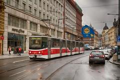 KT8D5.RN2P 9078 (David Valenta) Tags: kt8d5 kt8d5rn2p kachna bílá labuť cloudy tram tramvaj praha prague