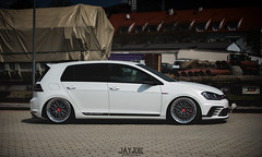 VW GOLF MK7 GTI CLUBSPORT (JAYJOE.MEDIA) Tags: vw golf mk7 gti clubsport volkswagen low lower lowered lowlife stance stanced bagged airride static slammed wheelwhore fitment