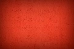 Red (XoMEoX) Tags: red rot abstract art kunst garagentor garagedoor minimal minimalistic monochrom monochrome sony dscrx100m2 rx100m2 vignettierung vignetting crimson color colour farbe wood holz paint gefärbt colored coloured detail intense intensiv intensive