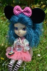 Macarons ou Macarons (alixir2.0) Tags: disney mickey mouse souris dessin animé pullip figurine toys jouet time gouter jardin gateau kawaii cute doll bjd poupée enfance alixir