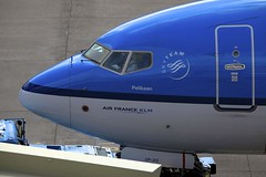 Nose of PH-BGP Boeing B738 AMS 14May13 (Citation Ten) Tags: nose klm ams b738 phbgp