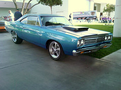 1968 Plymouth Satellite turns into 1969 Roadrunner  2 (`tj) Tags: roadrunner