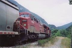GE AC44CW #9662 (In Memoriam busdude) Tags: cn gate pacific railway canadian national cp hells canadianpacificrailway