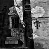 light & shadow (j.p.yef) Tags: italien venice windows bw italy house fenster sw lantern venedig yef peterfey absolutegoldenmasterpiece bestcapturesaoi elitegalleryaoi jpyef inspiringcreativeminds