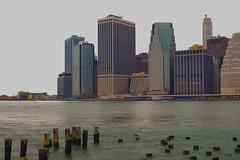Vista de Manhattan desde  Brooklyn (karinavera) Tags: panorama newyork brooklyn capital cityscape nikond3200 bigapple empirestate bridge night city district light nyc liberty usa long photography attractions water reflex reflection hudson photo explore skyline