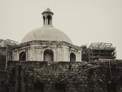 bairro velho (Rodrigo Uriartt) Tags: bw monochrome israel blackwhite downtown pb haifa toned pretoebranco escolhidas ruriak rodrigouriartt 3israel3