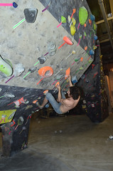HOH_2567 (WK photography) Tags: chalk guelph climbing bouldering grotto rockclimbing chalkbag rockshoes bouldernight guelphgrotto