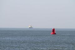 Hoek van Holland minimalisme (grwsh.marcel) Tags: sea canon zee 7d minimalism hoekvanholland boei minimalisme canon7d
