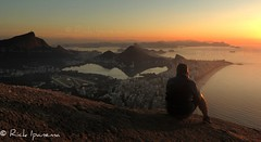 Rio de Janeiro - Amanhecer no  Morro Dois Irmos (.**rickipanema**.) Tags: brazil rio brasil riodejaneiro dawn rj cidademaravilhosa cristoredentor corcovado copacabana jardimbotanico lagoarodrigodefreitas praiadeipanema amanhecer ipanema trilhas leblon baiadeguanabara imagensdorio morrodoisirmos praiadecopacabana copacabanabeach ipanemabeach christredeemer riodejaneirobrasil rickipanema morrodoscabritos brazilworldcup rio40 riodejaneirocidademaravilhosa cidadeolimpica brazil2014 brasil2014 cidadedoriodejaneiro rio2016 praiasdoriodejaneiro trilhasdorio trilhasdoriodejaneiro thestatueofchristtheredeemer brazil2016 imagensdoriodejaneiro cidadedorio rio2014 thestatueofthechristofredeemer cidadedesosebastiaodoriodejaneiro amanhecernoriodejaneiro amanhecernabaiadeguanabara christofredeemer brasilemimagens riocidadeolimpica rioemimagens cidademaravilhosamarvelouscity trilhadomorrodoisirmos dawninrio imagensdocristoredentor vision:mountain=0582 vision:sunset=0919 vision:sky=0925 vision:ocean=0876 vision:outdoor=0944 vi