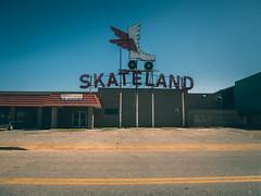 The Summer Skateland, Memphis, Tenn. (JM L) Tags: unitedstates memphis tennessee skateland adobecameraraw berclair