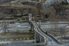 BOBBIO - IL PONTE GOBBO   ---   THE HUNCHBACK BRIDGE (cune1) Tags: italia emilia bobbio fiume river storia history panorama landscape colline hills