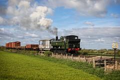 25 mph (Tony Teague (Slowcomo)) Tags: 30742charters buckinghamshire canonef24105mmf4lisusmlens canoneos5dmkiv chinnorprincesrisboroughrailway collett6400class gwr6400class no6412 panniertankengine freighttrain preservedrailway heritagerailway steamrailway steamlocomotive tonyteague