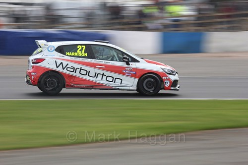 Nathan Harrison in Renault Clio Cup Race Three at the British Touring Car Championship 2017 at Donington Park